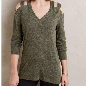 RO & DE Cold Shoulder Pergola Tee Olive Green